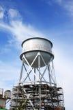 Rusty Water Tank dans Alcatraz image libre de droits