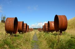 Rusty Wheels - regeneração do antigo local Opencast Fotos de Stock