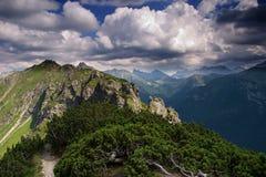 Ruta de la montaña Fotos de archivo libres de regalías