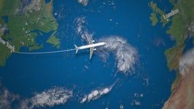 Ruta del vuelo comercial del aeroplano de Nueva York a Londres en el globo de la tierra almacen de metraje de vídeo