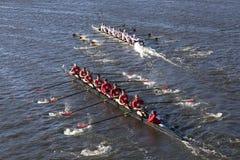 Rutgers Minnesota (inferior) (superior) compete na cabeça da faculdade Eights de Charles Regatta Men Imagens de Stock