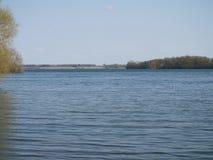 Rutland Water, die het oosten van Barnsdale kijken stock foto's
