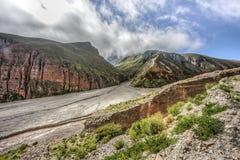 Rutt 13 till Iruya i det Salta landskapet, Argentina Arkivfoto