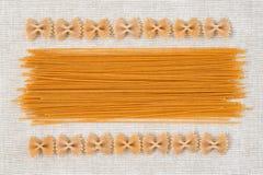 Ruw Italiaans van de achtergrond deegwaren abstract textuur ontwerppatroon Stock Afbeelding