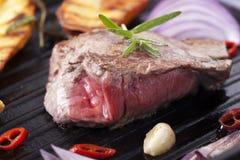 Ruw lapje vlees Royalty-vrije Stock Afbeeldingen