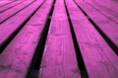 Ruw purper roze of purperachtig rozeachtig violet houten stadium backgr Stock Foto's