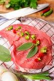 Ruw rundvleeslapje vlees Stock Foto