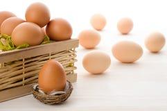 Ruwe eieren Royalty-vrije Stock Afbeeldingen