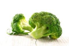 Ruwe groene broccoli stock afbeelding