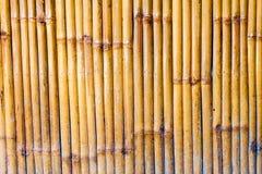 Ruwe houten bamboeachtergrond Royalty-vrije Stock Foto's