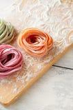 Ruwe Italiaanse kleurendeegwaren Royalty-vrije Stock Foto