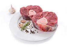 Ruwe kalfsvleessteel voor het maken van OssoBuco Royalty-vrije Stock Fotografie