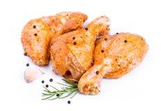 Ruwe kippenbenen en vleugels Royalty-vrije Stock Afbeeldingen