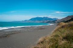 Ruwe kustlijn van Kaikoura, Nieuw Zeeland Stock Afbeeldingen