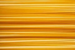 Ruwe ongekookte Italiaanse Spaghettii-achtergrond royalty-vrije stock foto