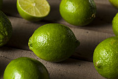 Ruwe Organische Groene Kalk Stock Afbeelding