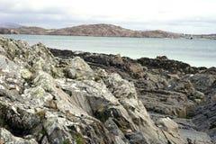 Ruwe vulkanische kust royalty-vrije stock afbeelding