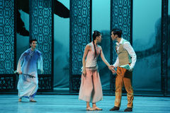 Ruzie tussen de broer-tweede handeling van de gebeurtenissen van dans drama-Shawan van het verleden Stock Foto