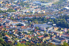 Ruzomberok dalla collina Cebrat, Slovacchia Fotografie Stock