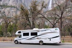RV在优胜美地国家公园 图库摄影