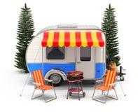 Rv-kampeerautoaanhangwagen met het kamperen materiaal Stock Foto's