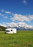 Rv nella grande sosta nazionale di Teton fotografia stock libera da diritti