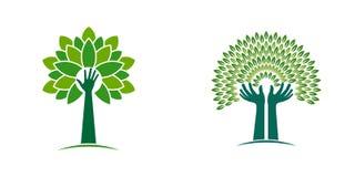 Árvore das mãos para o estilo da Eco-vida Fotos de Stock Royalty Free