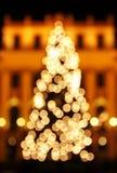 Árvore de ano novo feita das luzes do bokeh Imagem de Stock Royalty Free