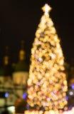 Árvore de ano novo feita das luzes do bokeh Fotos de Stock Royalty Free