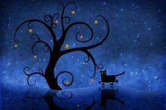 Árvore na noite com estrelas e um gato Imagens de Stock