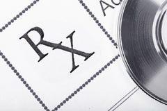 RX μορφή συνταγών και ένα τεμάχιο ενός στηθοσκοπίου Στοκ Φωτογραφία