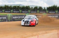 RX-världen samlar den arga bilen Royaltyfri Bild