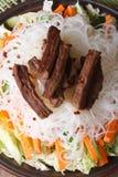 Ryżowi kluski z mięsa i warzyw makro- vertical Zdjęcia Royalty Free