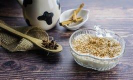 Ryżowy pudding i cynamon zdjęcia royalty free