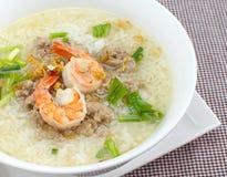 Ryżowy zupny puchar z garnelą Obraz Royalty Free