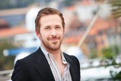 Ryan Gosling danandeselfies på den trevliga grabb`en, royaltyfria foton