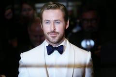 Ryan Gosling deltar i ` den trevliga grabb`en, fotografering för bildbyråer