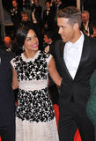 Ryan Reynolds & Rosario Dawson Royalty Free Stock Photos
