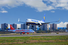 Ryanair Aircraft Meets EasyJet Plane Stock Photos