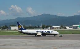 Ryanair Boeing 737-8AS garé à Bergame Orio Al Serio Photos stock