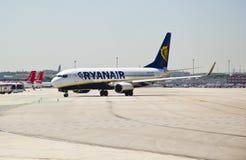 Ryanair, Boeing die 737-800 taxi?t Royalty-vrije Stock Foto