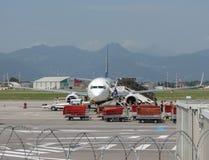 Ryanair Boeing 737-800 embarquant en Orio al Serio Photos libres de droits