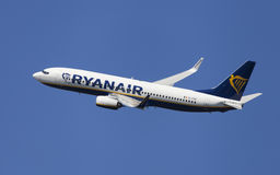 Ryanair Boeing 737-800 encaissant Photographie stock