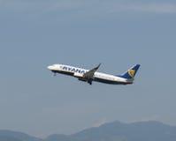 Ryanair Boeing 737-800 que descolam Fotografia de Stock