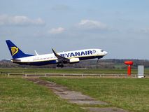 Ryanair décolle Photos stock
