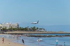 Ryanair Fluglandung Lizenzfreies Stockbild