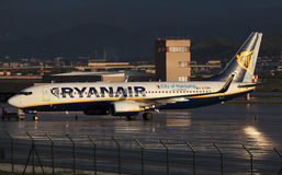 Ryanair flygplan Boeing 737 Royaltyfria Bilder