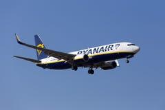 Ryanair 737-800 på sista inställning Arkivbilder