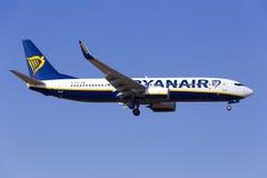 Ryanair 737-800 på sista inställning Arkivfoto