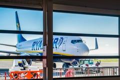 Ryanair plane in airport Stock Photos